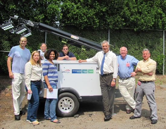 Lenny Klebanoff (far left) and members of the CT DOT with the Mobile Fuel Cell Light.