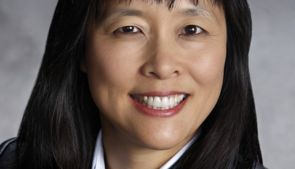 Jackie Chen receives DOE INCITE award