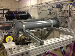 The experimental setup to measure the internal temperature of single metal hydride storage tubes aided in finalizing a tube array that allows for optimal heat transfer.